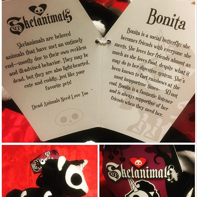 Skelanimals Plush Hangtag